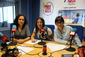 Cristina Ortega dirige el programa Rec Radio, acompañada por Lucía Ors y Carmen Ponce