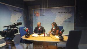 Sergio Murillo y Paula Vera en el programa SÚBETE A LA RADIO UMH